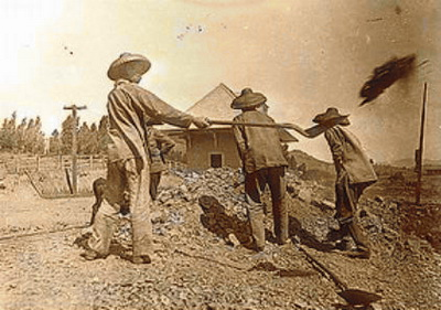 Chinese Transcontinental Railroad workers